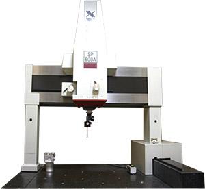 (株)東京精密製 三次元測定機